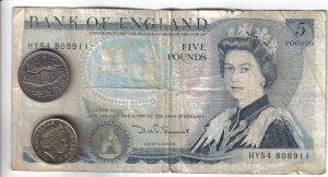 Seis libras y diez peniques