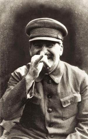 Stalin fotografiado por Nikolai Vlasik (Tomada de rarehistoricalphotos.com)